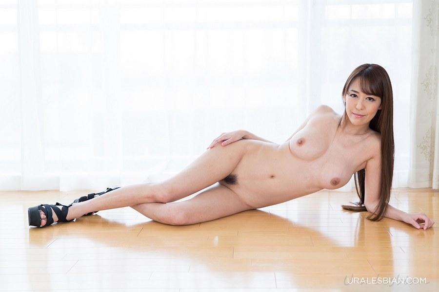 UraLesbian-AsagiriAkari-HirasawaEri-118-01.jpg