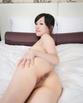 J-Lesbians Yui Kyouno and Miyuki Fukatsu share onani time with toys
